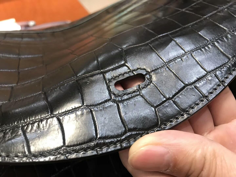 爱马仕 HERMES Lindy 26/30cm 哑光鳄鱼皮 BLACK 黑色 银扣 配全套专柜原版包装