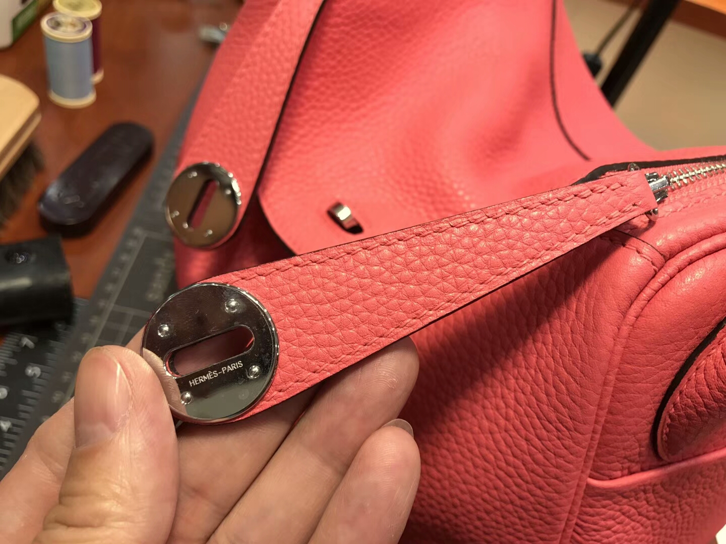 爱马仕 HERMES Lindy 26/30cm  t5 斋普尔粉 蜜桃粉 rose jaipur 银扣 配全套专柜原版包装