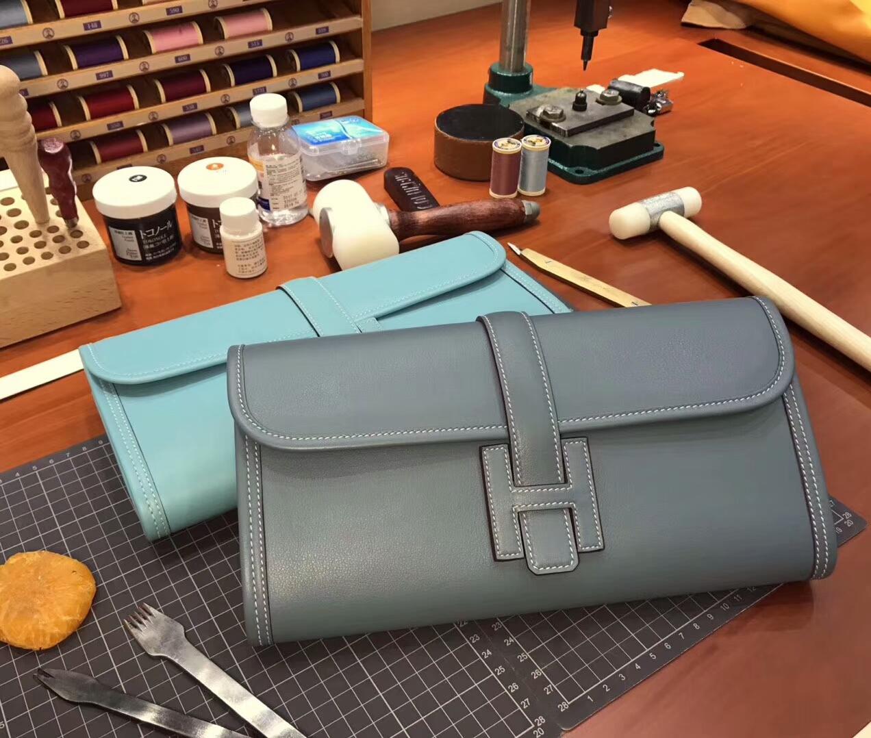 J7 亚麻蓝 Blue Lin HERMES 爱马仕 手包 配全套专柜原版包装 全球发售