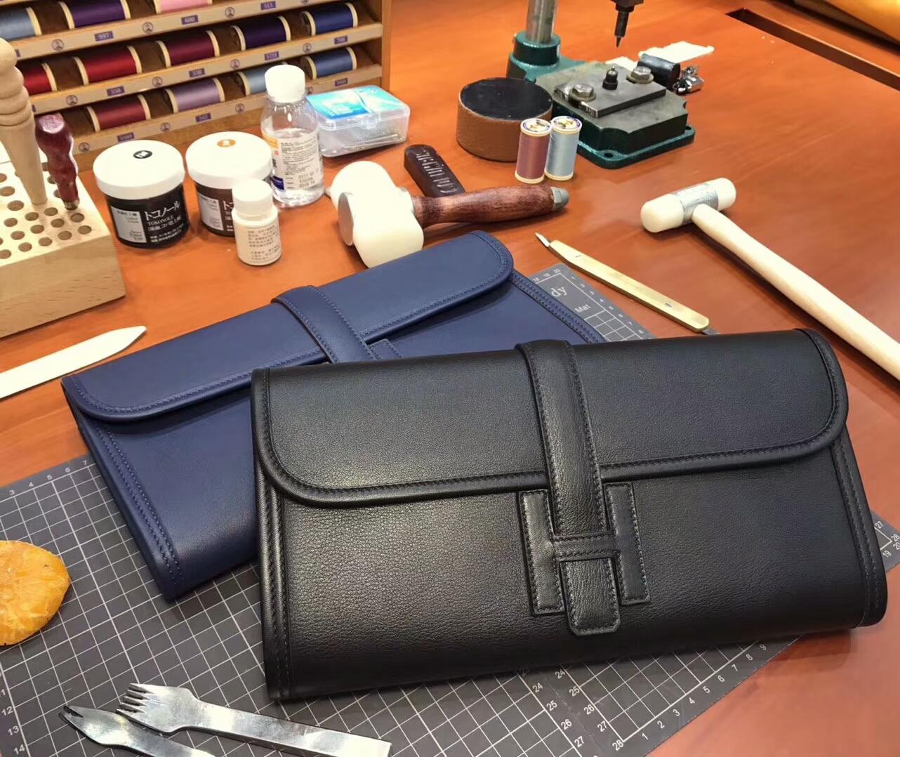 BLACK 黑色 HERMES 爱马仕 手包 配全套专柜原版包装 全球发售