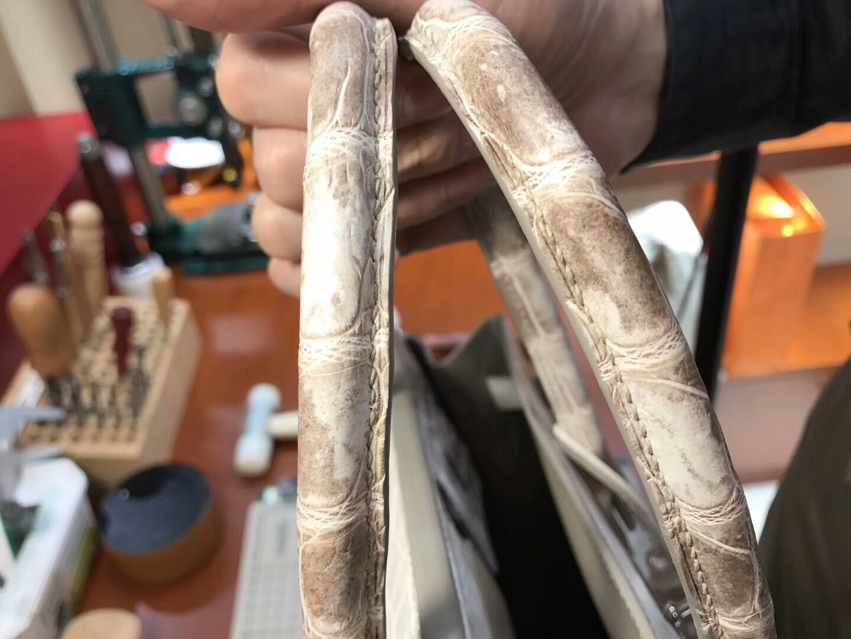 爱马仕 HERMES 铂金包 Birkin 25cm 配全套专柜原版包装 全球发售 鳄鱼喜马拉雅