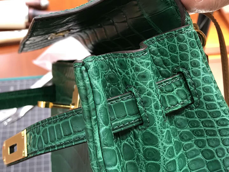 HERMES 爱马仕 Kelly 28CM 现货系列 配全套专柜原版包装 亮面鳄鱼6Q翡翠绿VertEmeraude拼 金棕 GOLD CK37