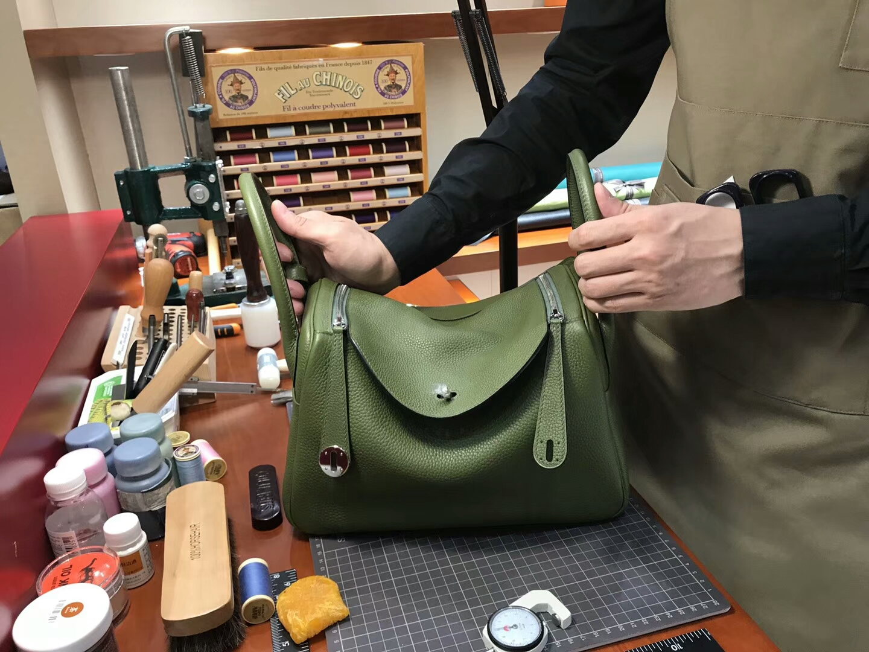 爱马仕 HERMES Lindy 26/30cm 6h橄榄绿vert veronese 银扣 配全套专柜原版包装
