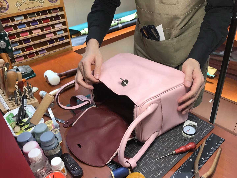 爱马仕 HERMES Lindy 26/30cm 3Q 水粉色 rose sakura 银扣 配全套专柜原版包装