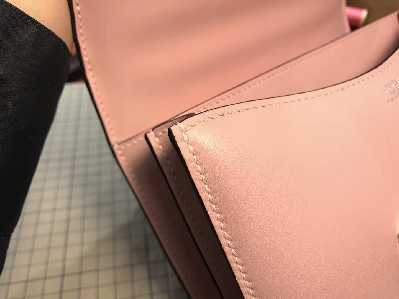 Rose Sakura 水粉色 3Q HERMES 爱马仕 空姐包 Constance 蜥蜴皮扣
