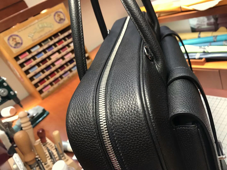 HERMES 爱马仕 男士邮差公文包 BLACK 黑色 现货系列 配全套专柜原版包装 银扣