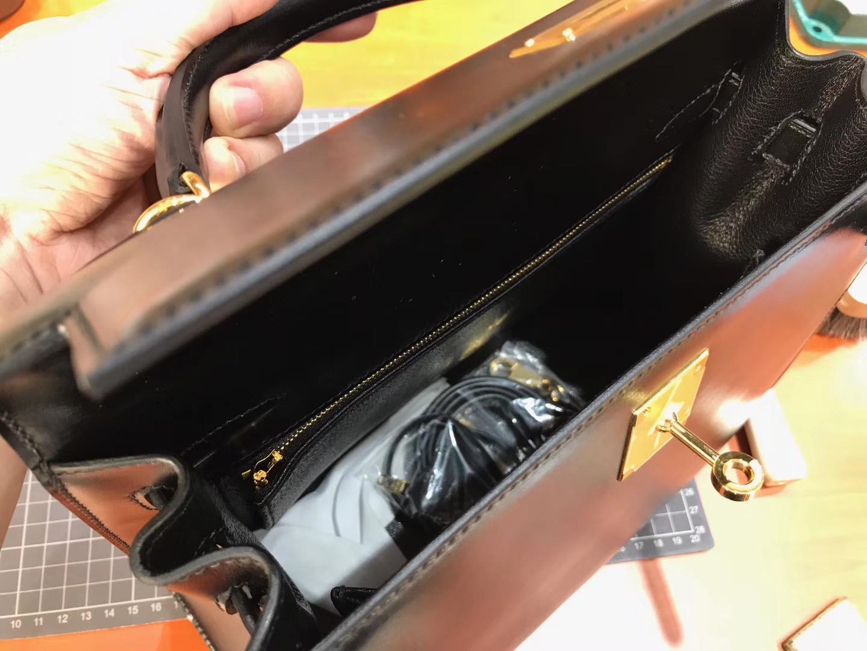HERMES 爱马仕 BLACK 黑色 Kelly 28CM 现货系列 配全套专柜原版包装 银扣
