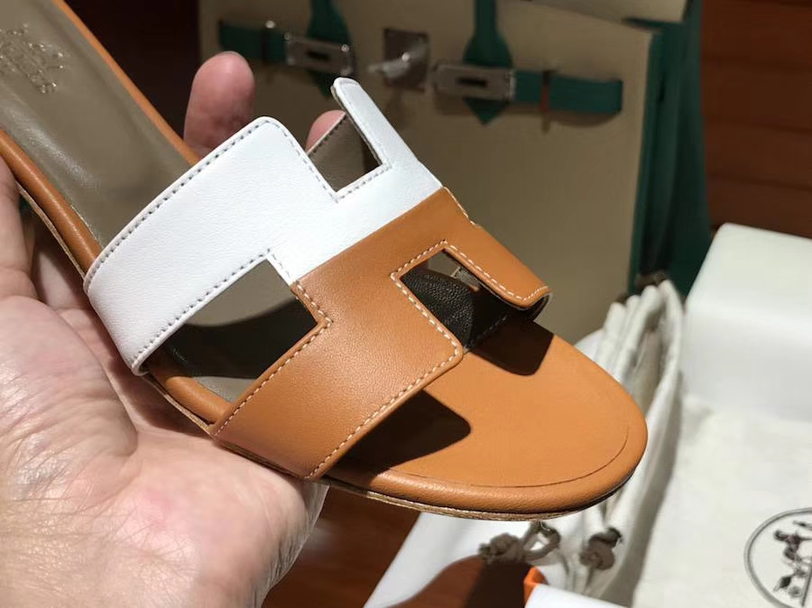 H经典中跟拖鞋高端订制独家品质 奶昔白拼焦糖色 35~41