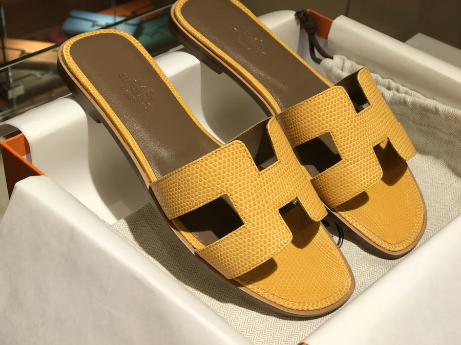 Hermes 鸵鸟皮拖鞋 意大利树羔皮底 手工缝制 太阳黄