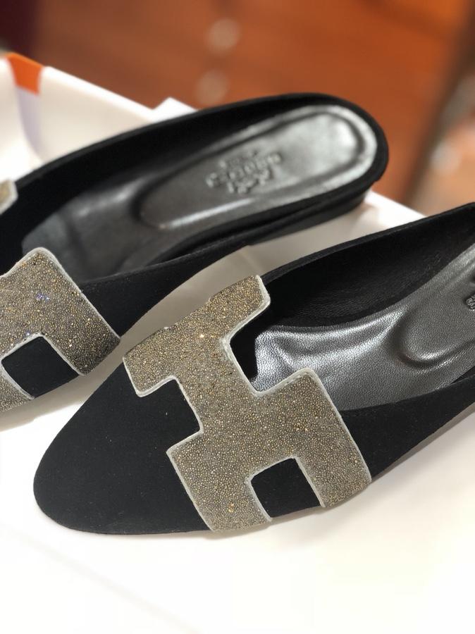 秋冬新款麂皮 黑色 Chamois Leather女士平底鞋 水钻装饰字母H剪裁
