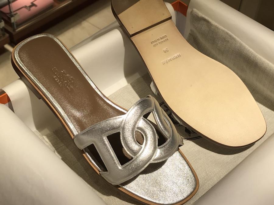 Hermes 新款猪鼻子环扣平底拖鞋 高端订制 独家品质 银色