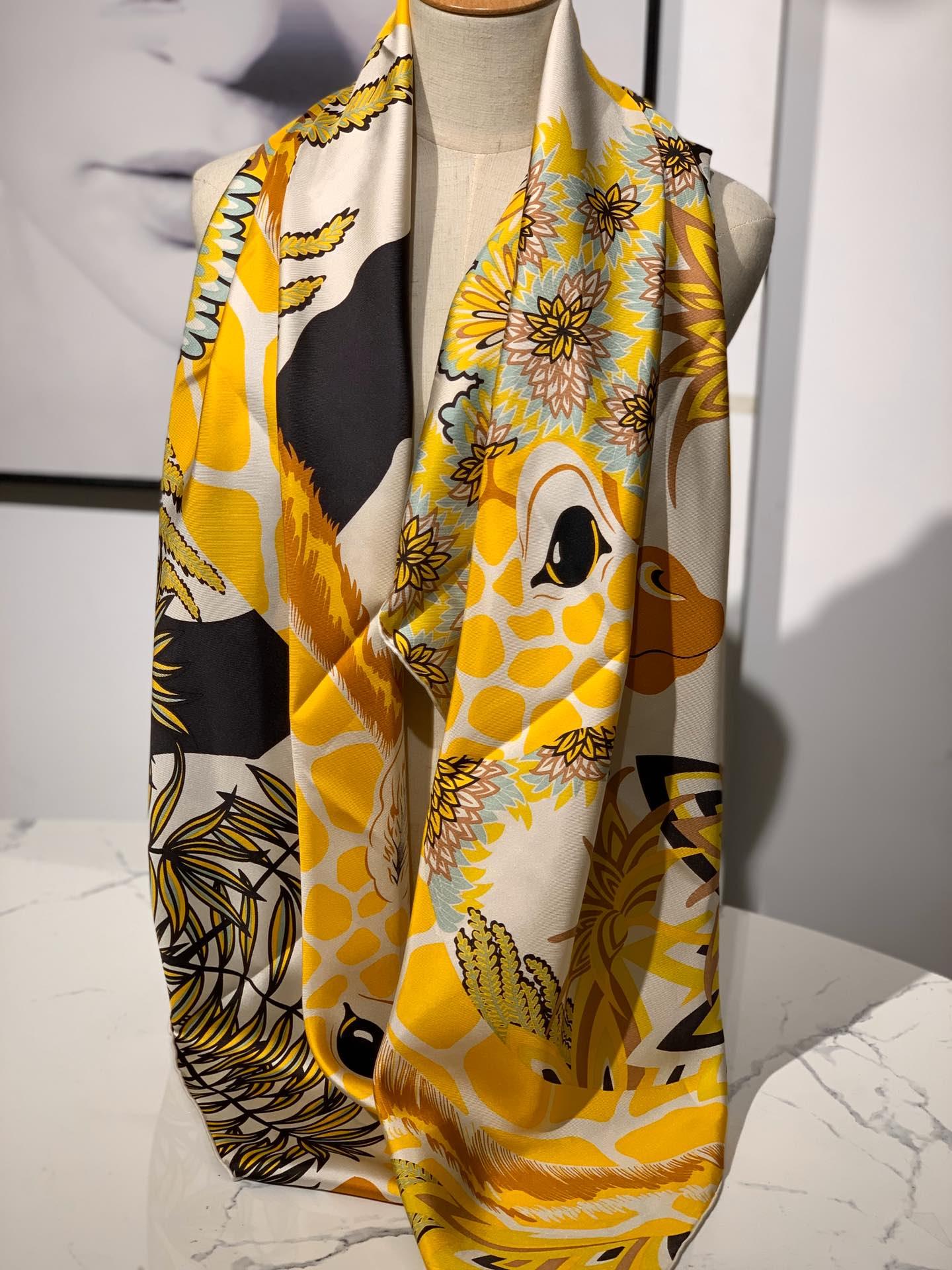 2020春夏· 新款 140cm H 《美惠三女神》黄色 140*140cm 100%斜纹真丝