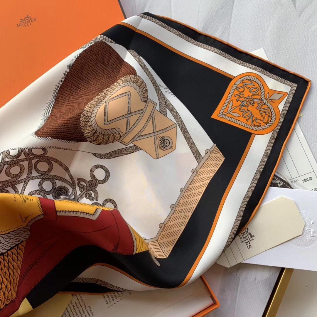 春季丝巾新品《佐阿夫团与龙》黄色 90x90cm 100% 蚕丝面料 高精度纺织