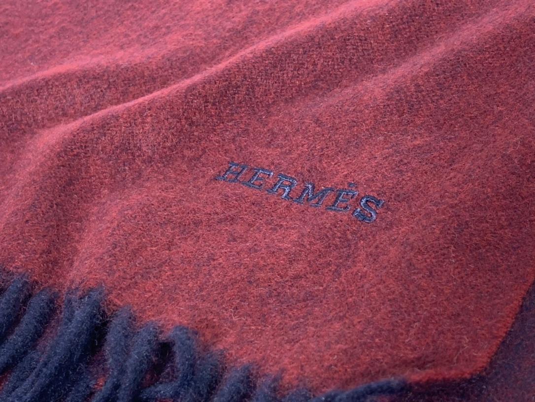 爱马.士  2020新款羊绒围巾  酒红色 两用AB面  情侣款 男女通用 30*180cm  5A级纯羊绒 原版全套包装