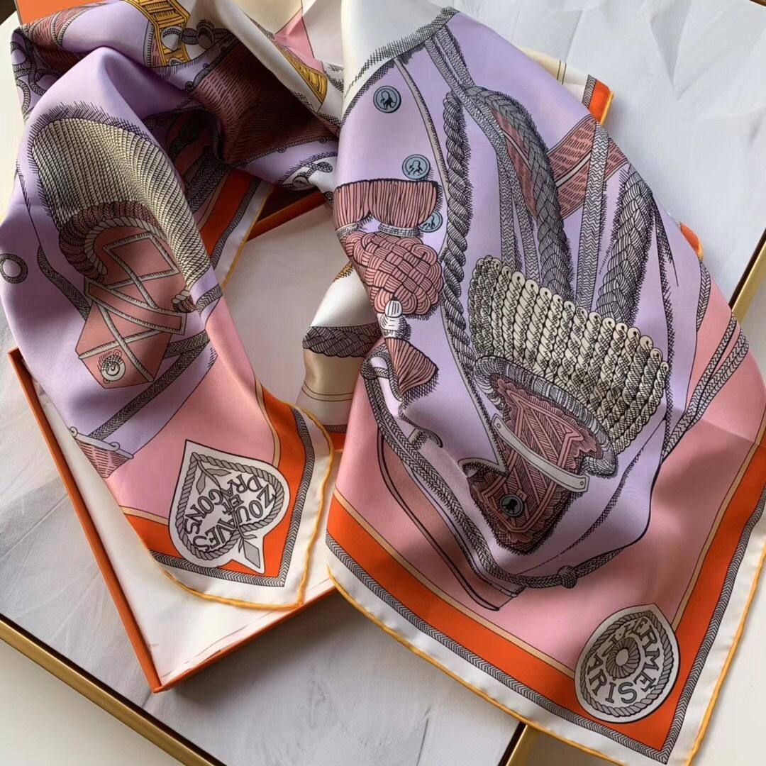 春季丝巾新品《佐阿夫团与龙》紫色 90x90cm 100% 蚕丝面料 高精度纺织