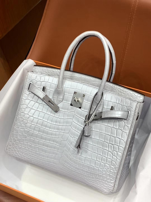爱马仕包包价格 银白色 鳄鱼皮 金银扣 纹路清晰 手感超级好 完胜正品 Birkin 25/30