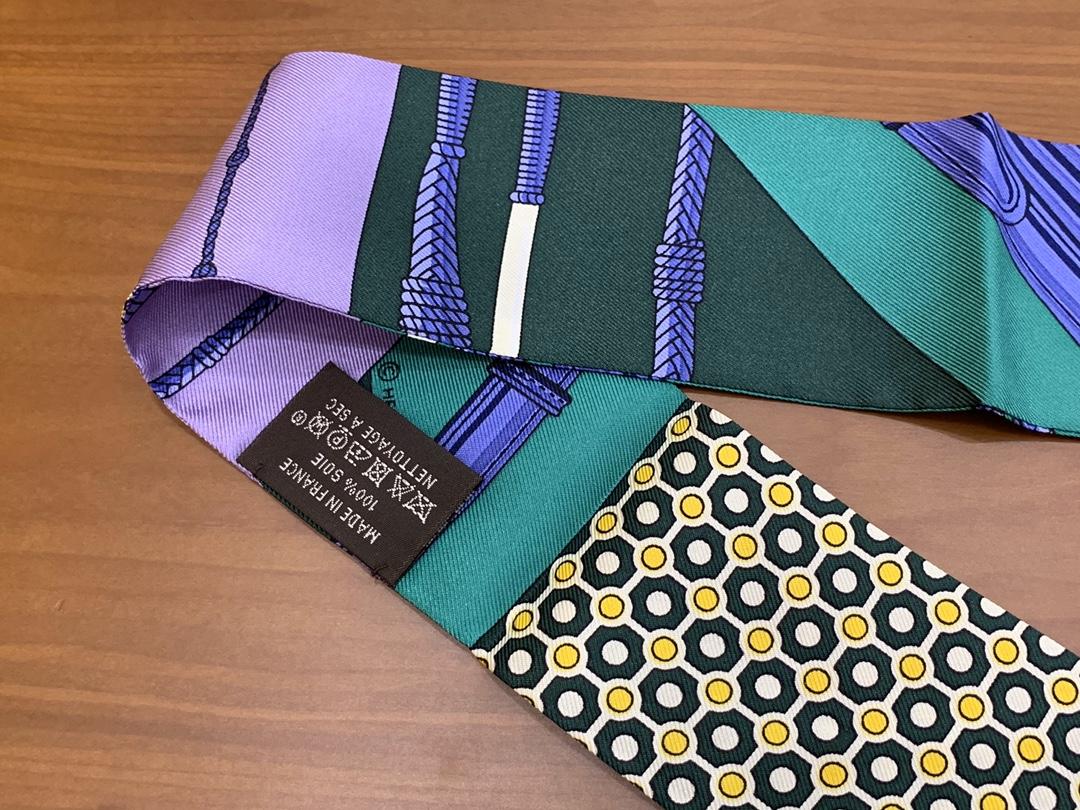 爱马仕HERMES小丝巾 紫色