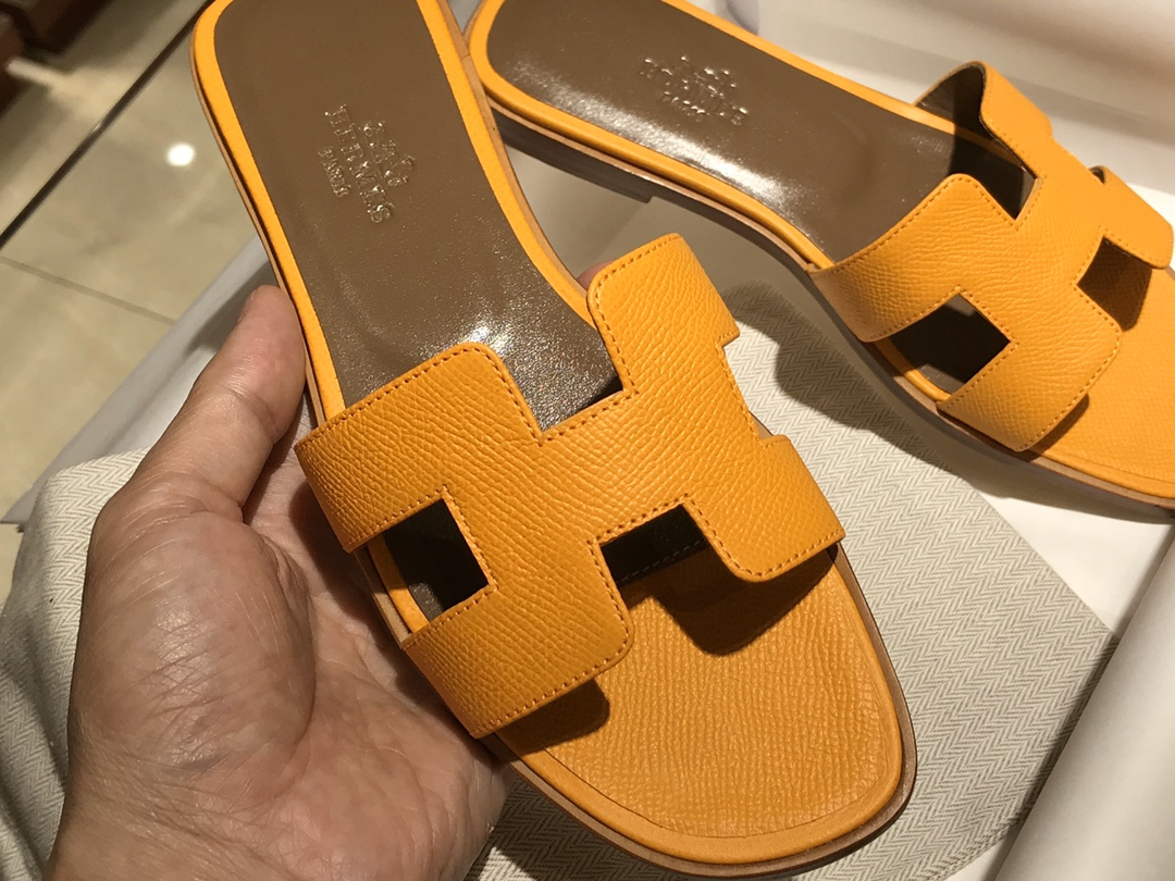 H经典款拖鞋高端订制独家品质 平底35~41 高跟35~41(跟高4cm) 太阳黄 (掌纹)