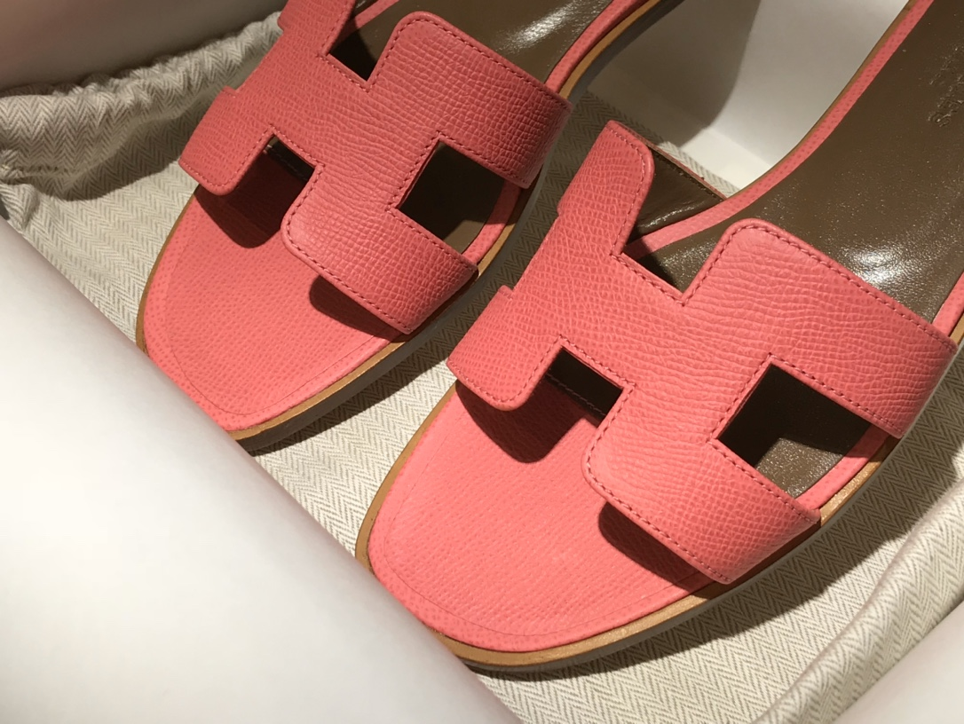 H经典款拖鞋高端订制独家品质 平底35~41 高跟35~41(跟高4cm) 唇膏粉 (掌纹)