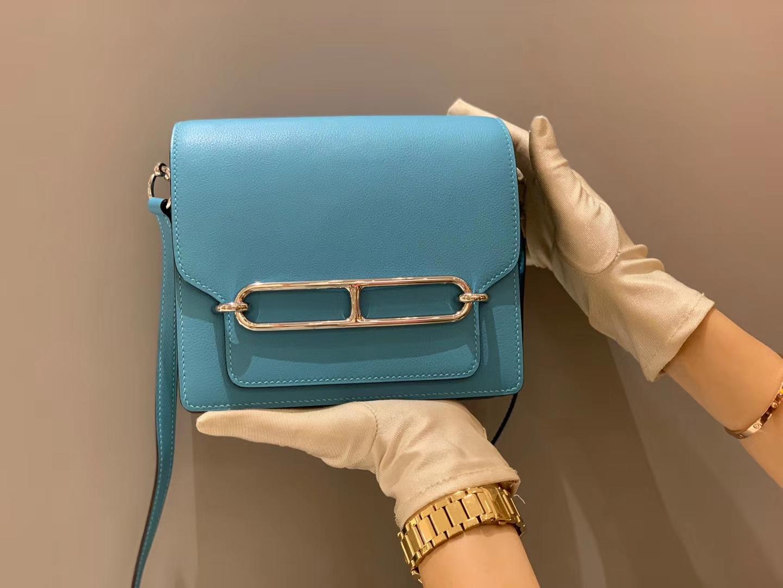 HERMES 爱马仕 Roulis 18cm Evercolor  P3 Bleu De Nord—北方蓝  这个颜色真的从2019火到2020  比马卡龙蓝饱和度更高的亮蓝色