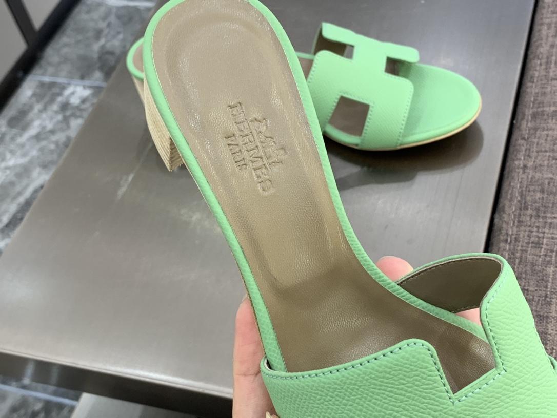 H  纯手工拖鞋  专柜最新颜色 牛油果绿 高端订制  独家品质 看图说话  质量赞到没朋友  完美 Size:平底35~41  高跟35~41(跟高4cm) 颜色:牛油果