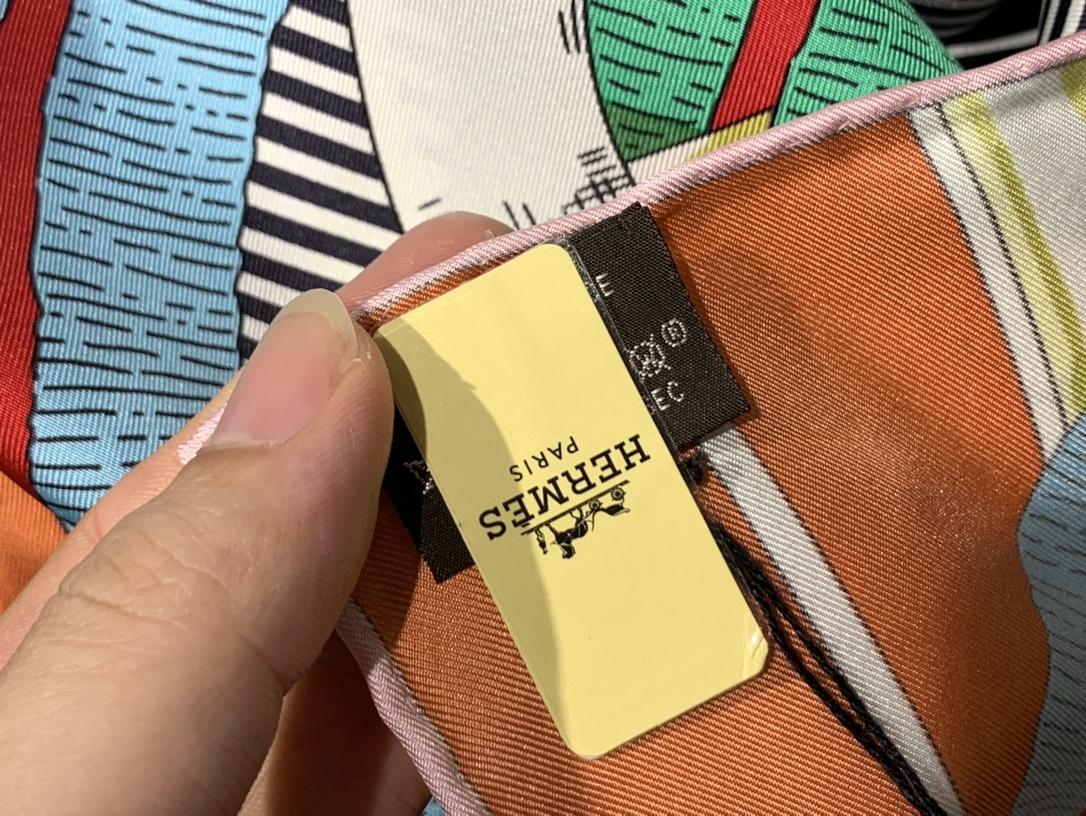 H  新款方巾  《马嚼锁环》 绿色 90.90cm  100%斜纹真丝  全套包装