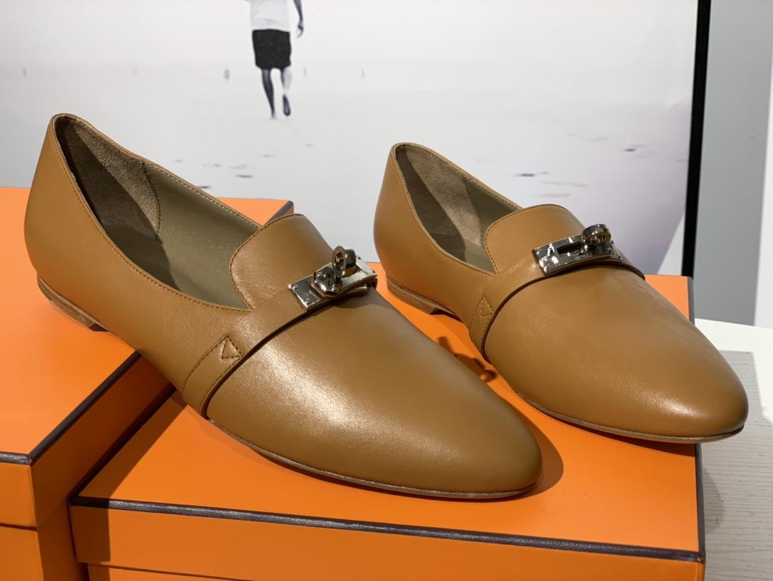 爱马仕 凯莉单鞋 纯手工制作 牛皮 35~41码 正码 码数不调换哈 金棕