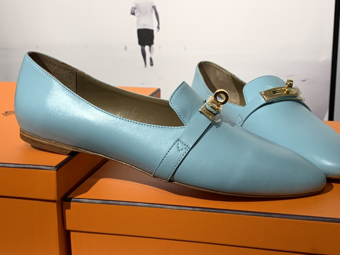 爱马仕 凯莉单鞋 纯手工制作 牛皮 35~41码 正码 码数不调换哈 马卡龙