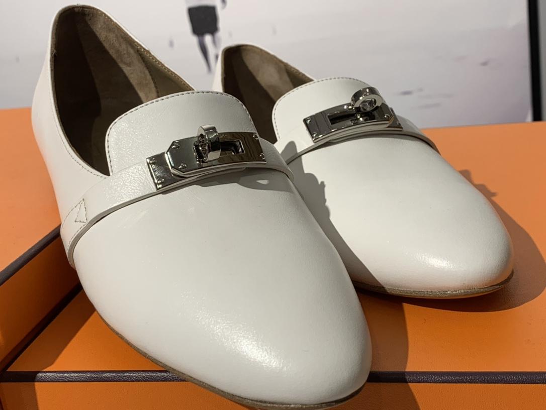 爱马仕 凯莉单鞋 纯手工制作 牛皮 35~41码 正码 码数不调换哈 白色