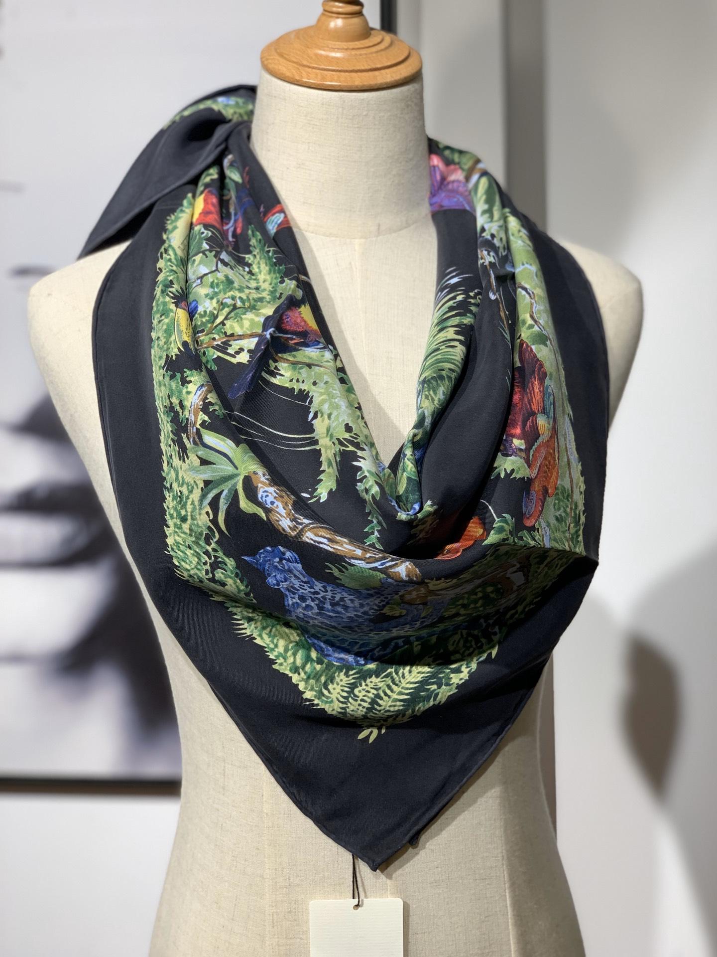 《 赤道丛林 》 黑色 · - 90x90cm 100%真丝 全套细节 礼品袋都齐全